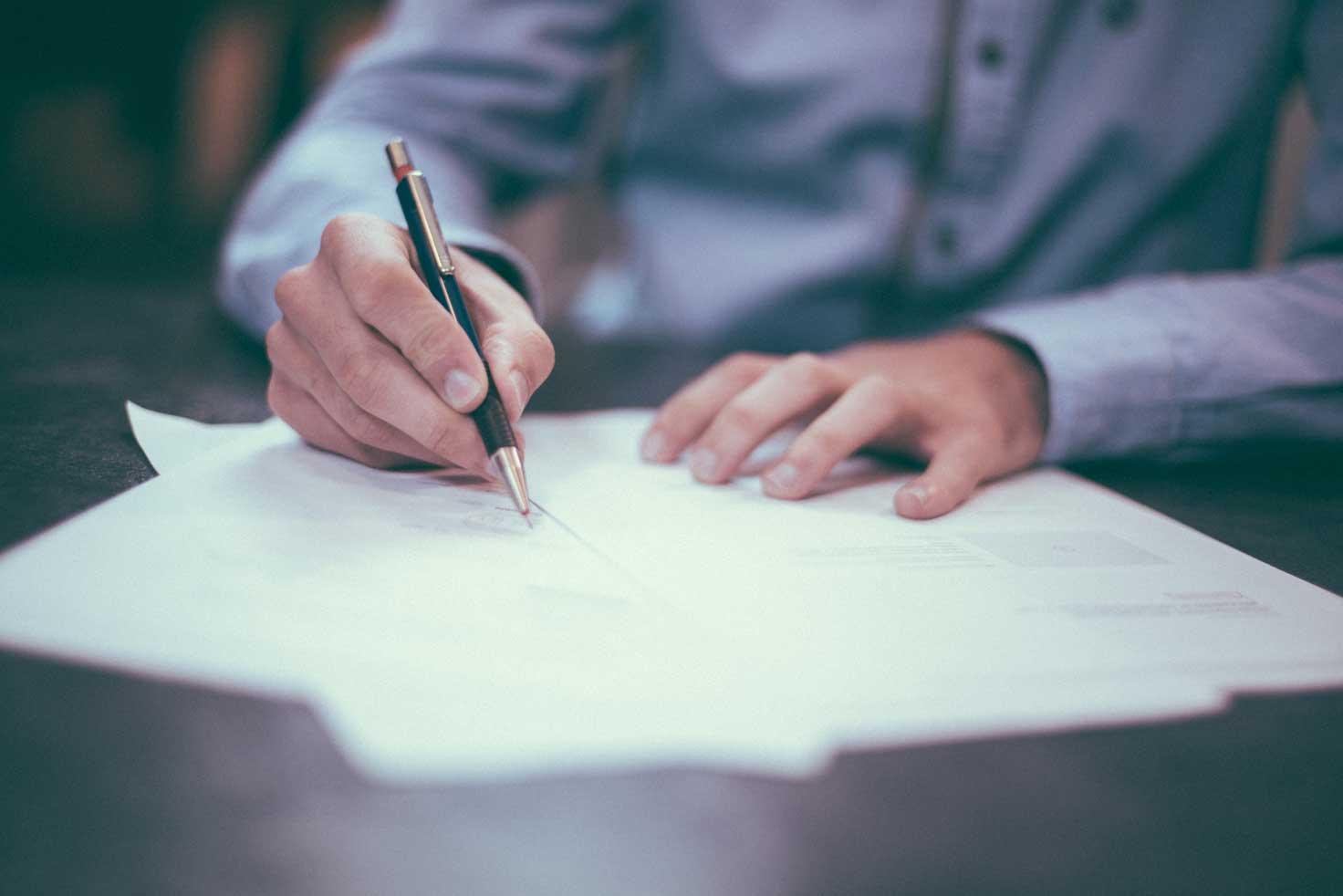 10 Consejos Para Contratar El Personal Adecuado redaccion-manual-prevencion-riesgos-laborales